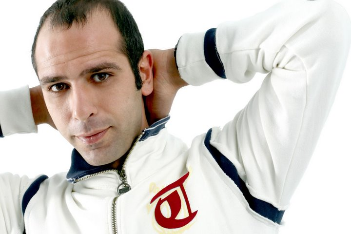 Checco-Zalone-live-tour-2011