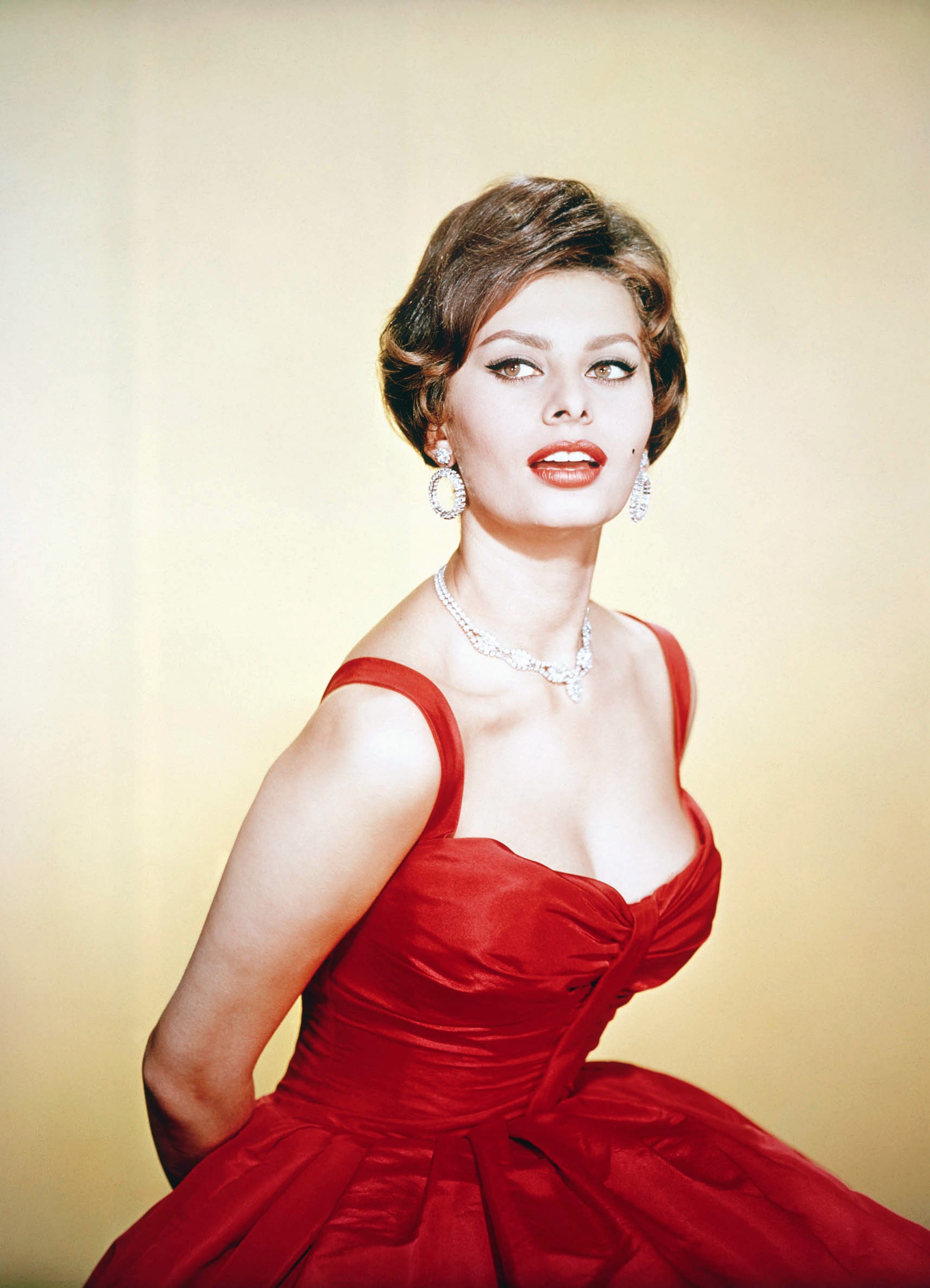 Monica Bellucci = Sophia Loren? – I Love Italian Movies