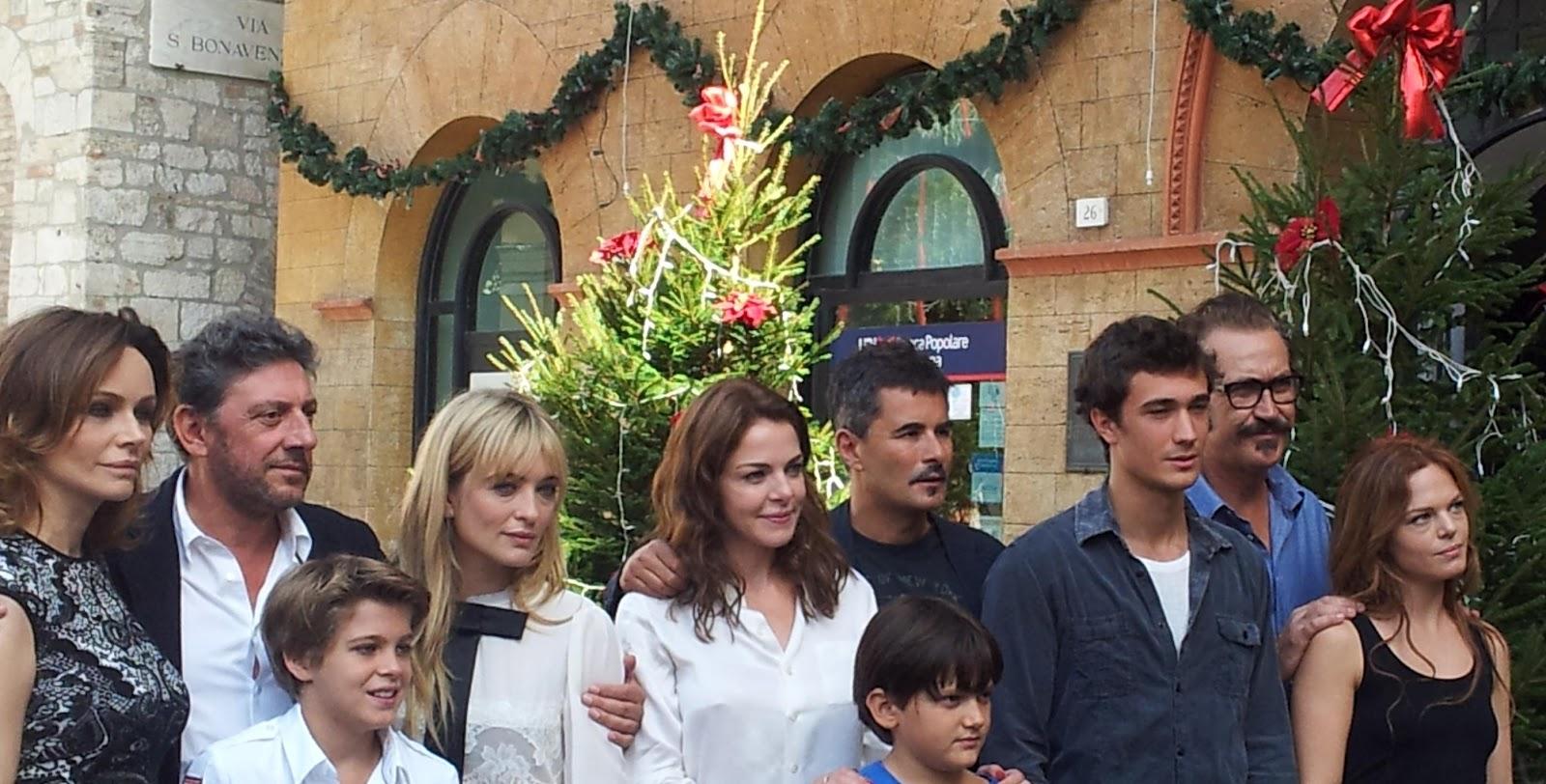2012-12-famiglia-perfetta-1