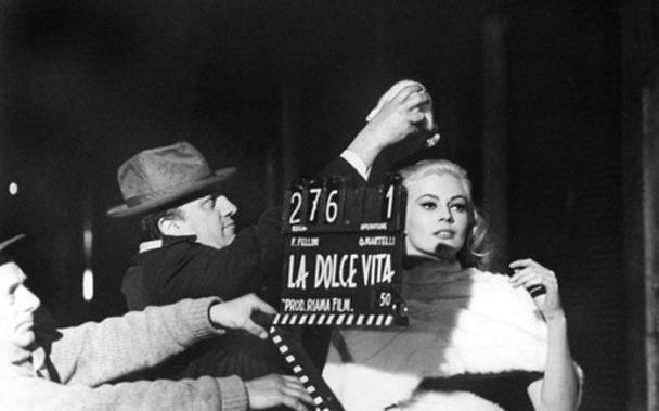 Federico-Fellini-Anita-Ekberg-La-Dolce-Vita-set-1