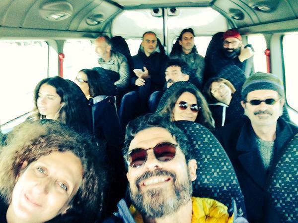 La Troupe in Movimento, the cast of Onda su Onda in a Twitter post.