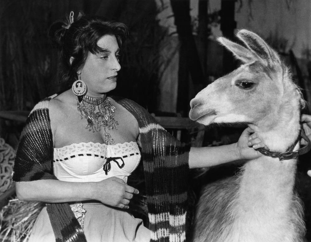 THE GOLDEN COACH, (aka LE CARROSSE D'OR), Anna Magnani, 1953